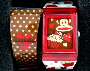 paul-frank-julius-cupcakes-wristwatch-giveaway