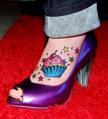 Foot Tatoos on Cupcake Foot Tattoo