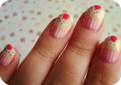cupcakenails1